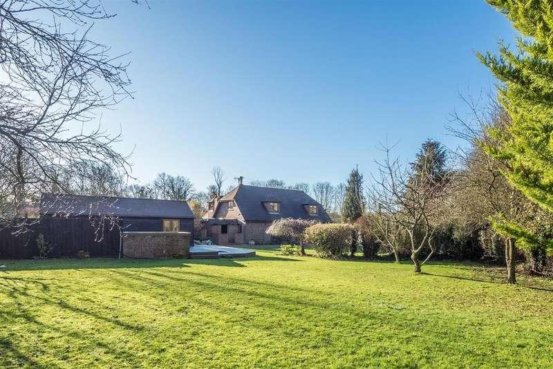 6 Bedrooms Detached House for sale in Goddington Lane, Harrietsham, Maidstone