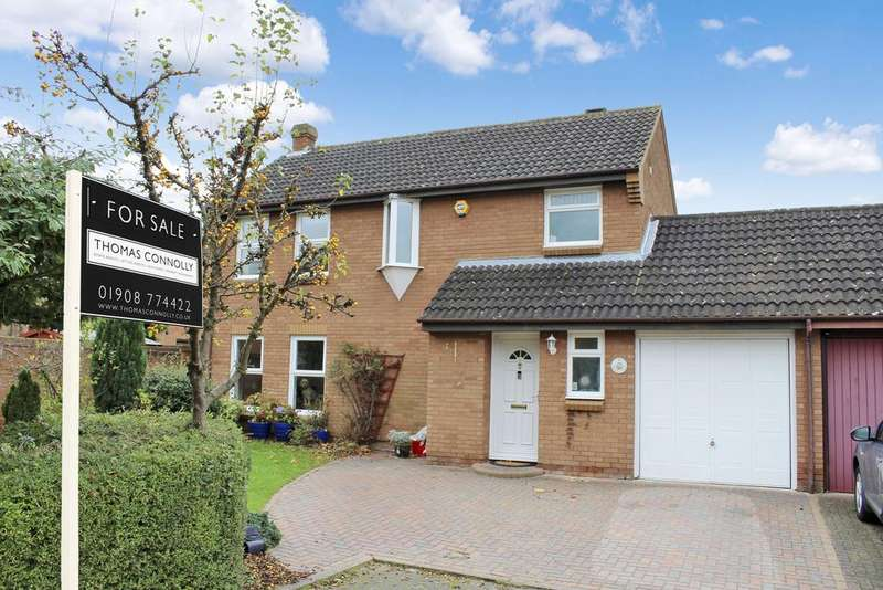 4 Bedrooms Detached House for sale in Booker Avenue, Bradwell Common, Milton Keynes MK13