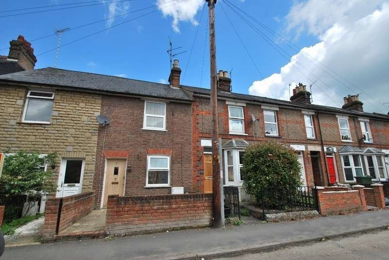 2 Bedrooms Terraced House for sale in Sunnyside Road, Chesham, HP5