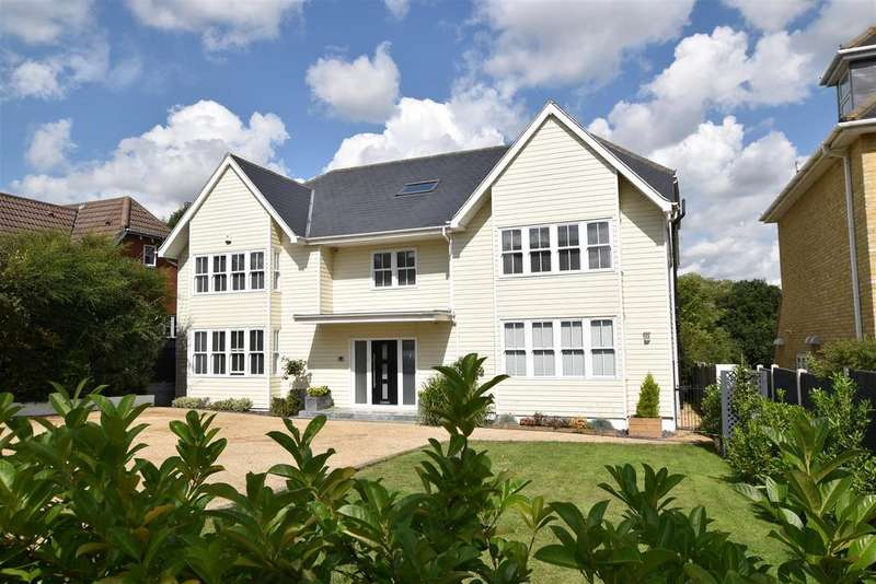 6 Bedrooms Detached House for sale in HOCKLEY