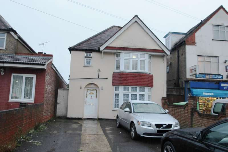 3 Bedrooms Detached House for sale in Basingstoke Road, Reading, RG2