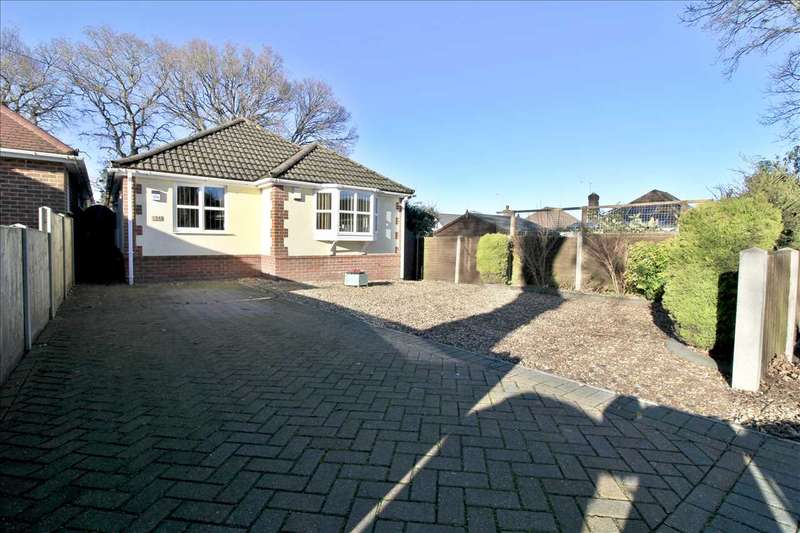 2 Bedrooms Detached Bungalow for sale in High Howe Close, Bearwood, Bournemouth