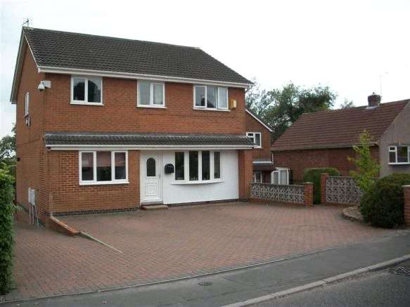 4 Bedrooms Detached House for sale in Breach Road, Heanor, Derbyshire, DE75