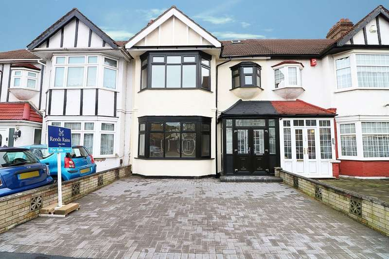 5 Bedrooms Property for sale in The Drive, Ilford, IG1