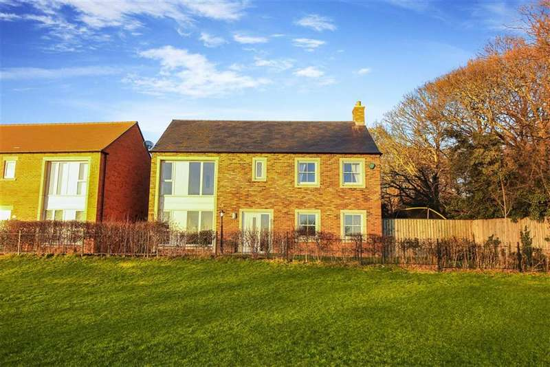4 Bedrooms Detached House for sale in St Joseph's Close, Killingworth, Tyne And Wear