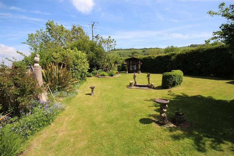 2 Bedrooms Detached Bungalow for sale in Poynings Road, Poynings