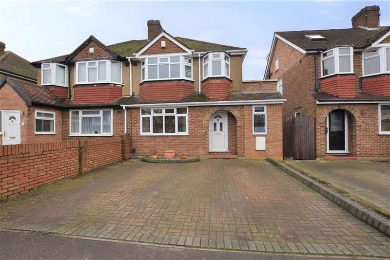 3 Bedrooms Semi Detached House for sale in Greenwood Drive, Watford, Herts