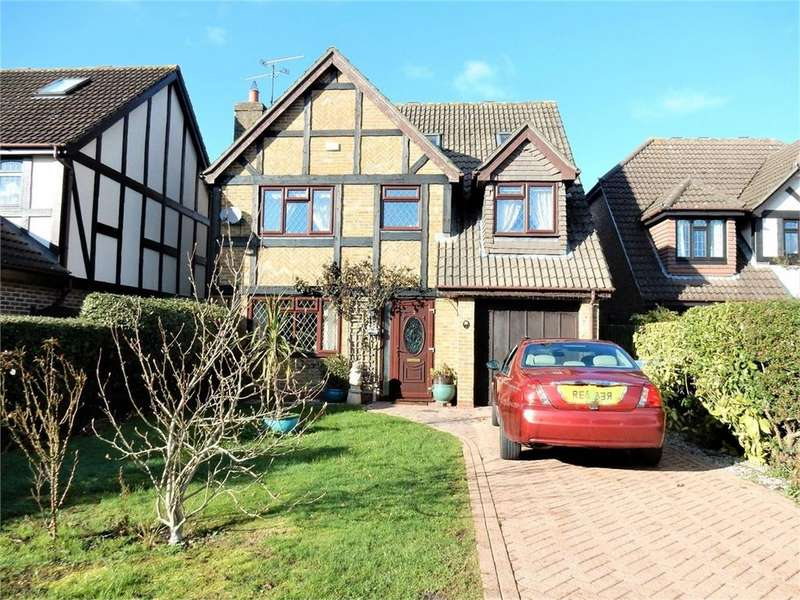 5 Bedrooms Detached House for sale in Cruikshank Lea, College Town, SANDHURST, Berkshire
