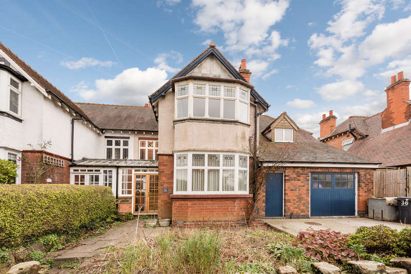 4 Bedrooms Semi Detached House for sale in Howard Road, Kings Heath, Birmingham, B14 7PD