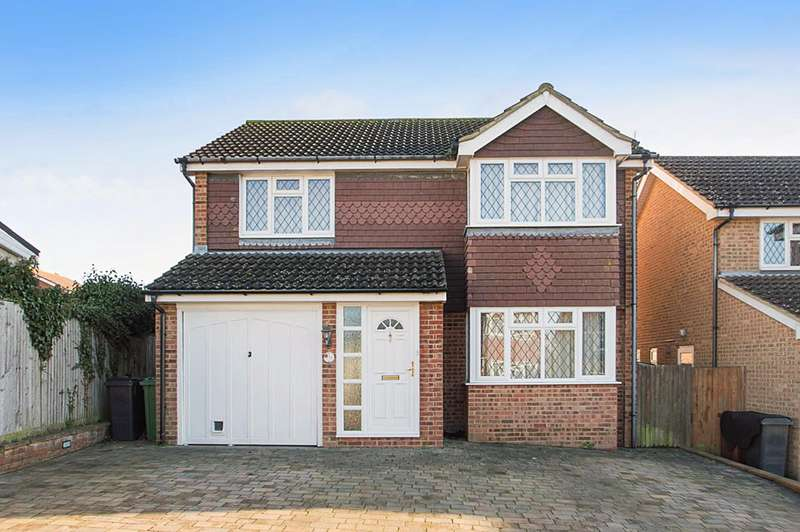 4 Bedrooms Detached House for sale in Grasmere Close, Eastbourne