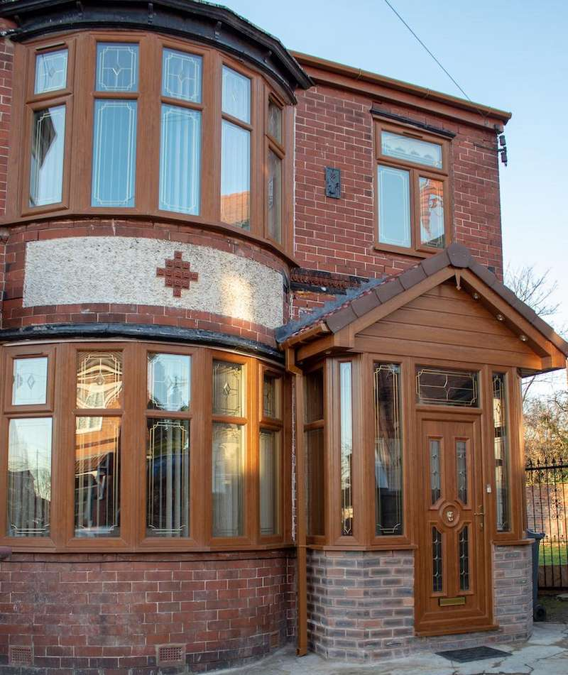 4 Bedrooms Semi Detached House for sale in Kingsmere Avenue, Manchester M19