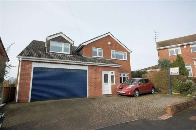 4 Bedrooms Detached House for sale in Sandon Grove, Rainford, St Helens, WA11