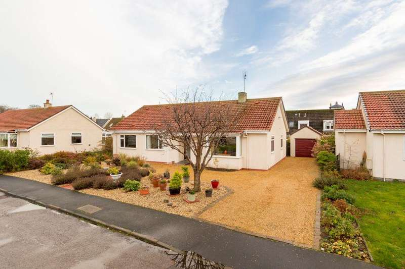 4 Bedrooms Detached Bungalow for sale in 4 The Rowans, Gullane, East Lothian, EH31 2DU