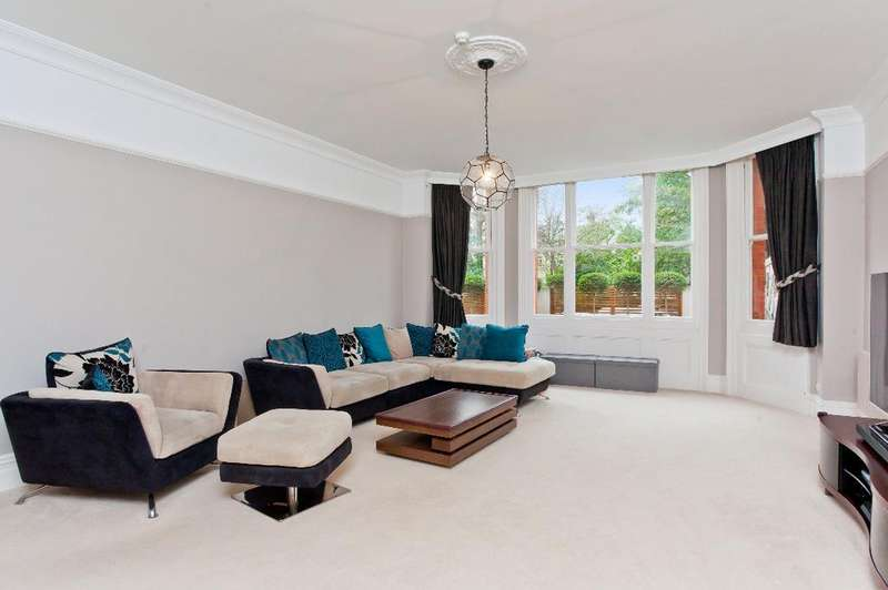 3 Bedrooms Flat for sale in The Drive, Hove, East Sussex, BN3