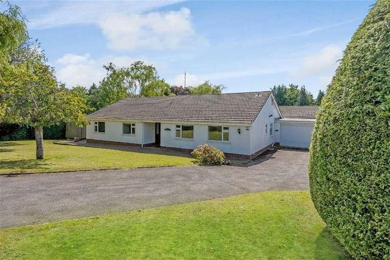 5 Bedrooms Bungalow for sale in Court House Road, Chepstow, Monmouthshire