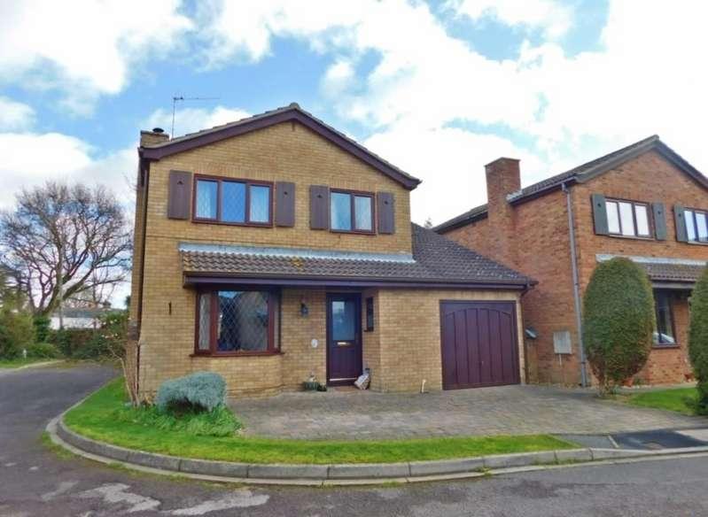 4 Bedrooms Detached House for sale in Rectory Close, Stubbington