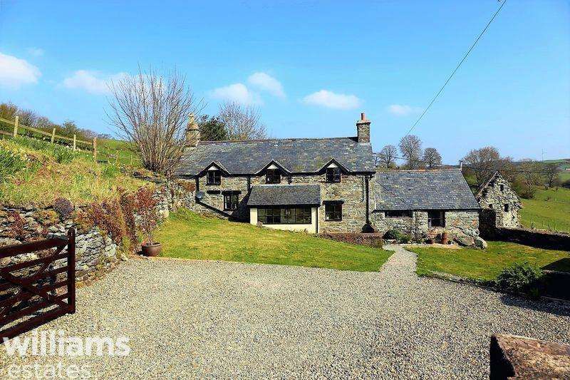 4 Bedrooms Detached House for sale in Melin y Wig, Corwen