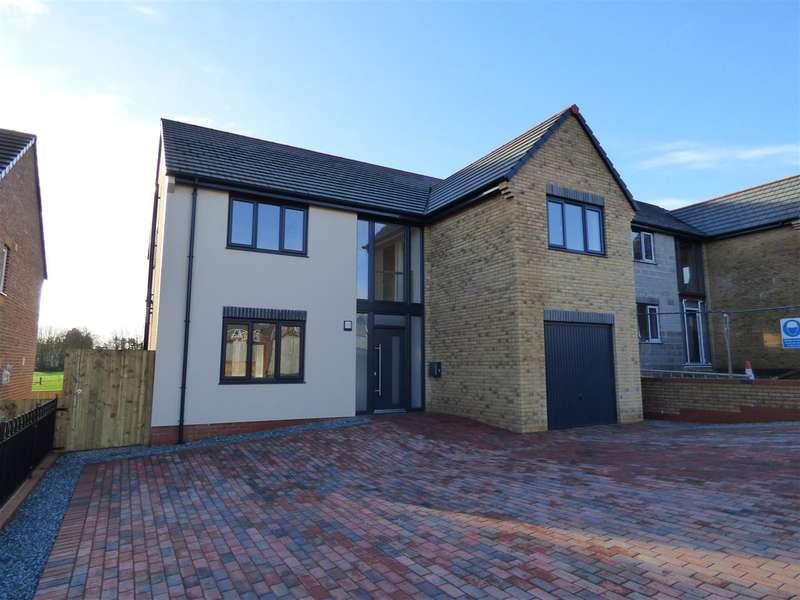 4 Bedrooms Detached House for sale in Final Phase At Glenfields, Glenover Park, Haverfordwest