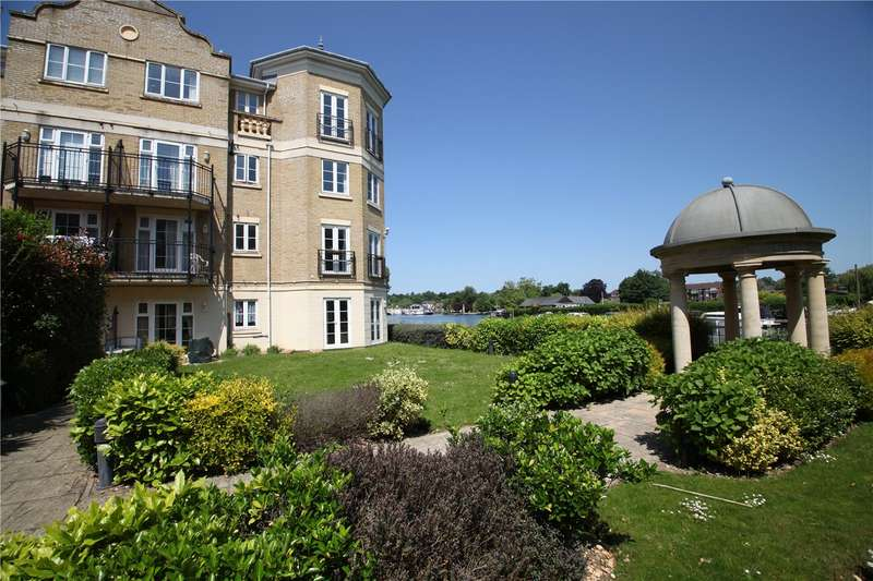 2 Bedrooms Flat for sale in Regents Riverside, Brigham Road, Reading, Berkshire, RG1