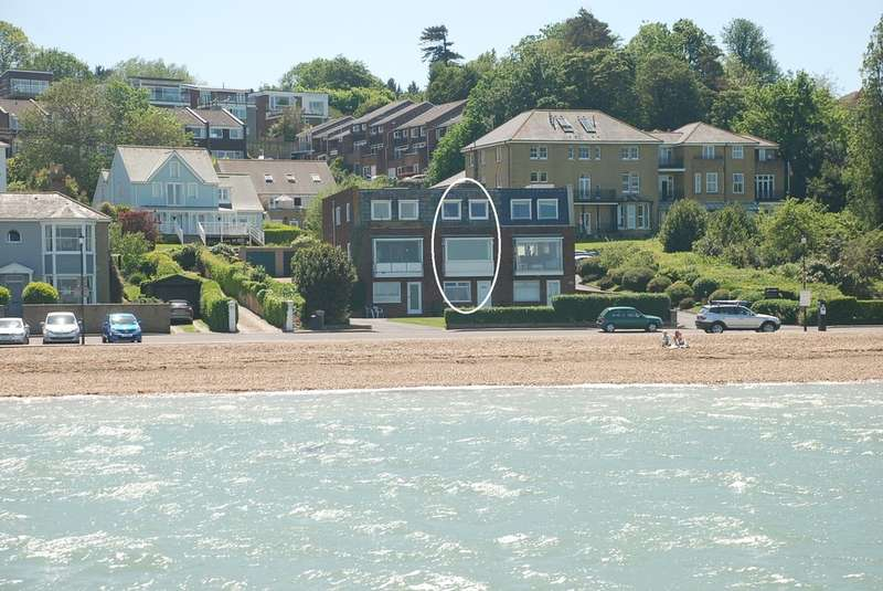 3 Bedrooms Town House for sale in Cowes, Isle Of Wight