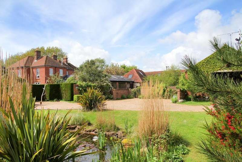 11 Bedrooms Detached House for sale in Lockgate Road, Sidlesham Common, Chichester