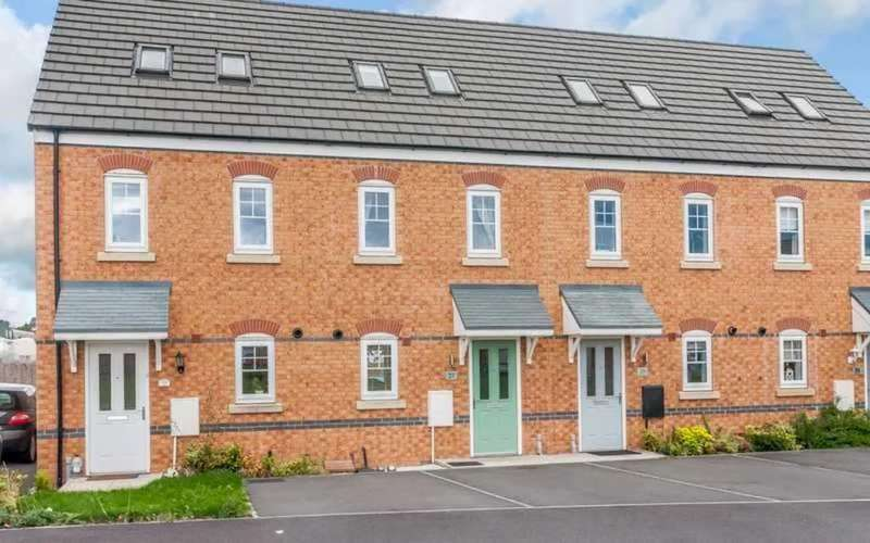 3 Bedrooms Mews House for sale in Redshank Place, Elworth