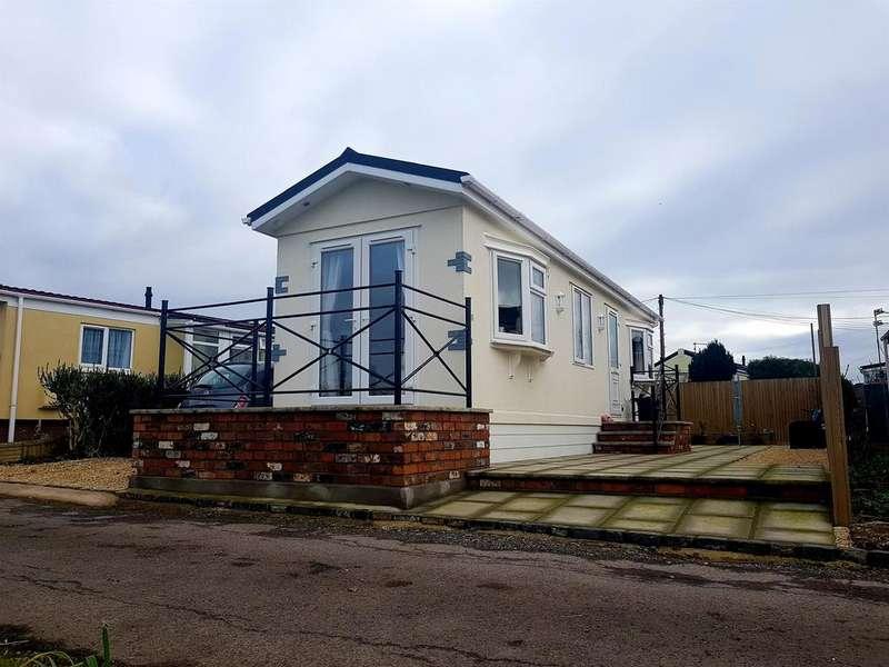 1 Bedroom Detached House for sale in Rockhill Estate, Keynsham, Bristol, BS31 1PD