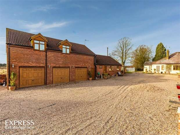 5 Bedrooms Detached Bungalow for sale in Kirkby Lane, Kirkby-on-Bain, Woodhall Spa, Lincolnshire