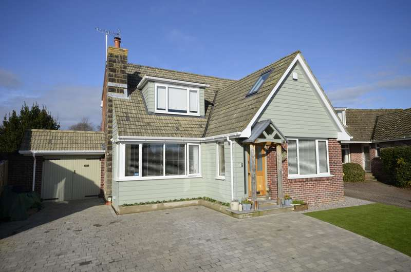 4 Bedrooms Chalet House for sale in Mayfair Court, Botley, Southampton, SO30