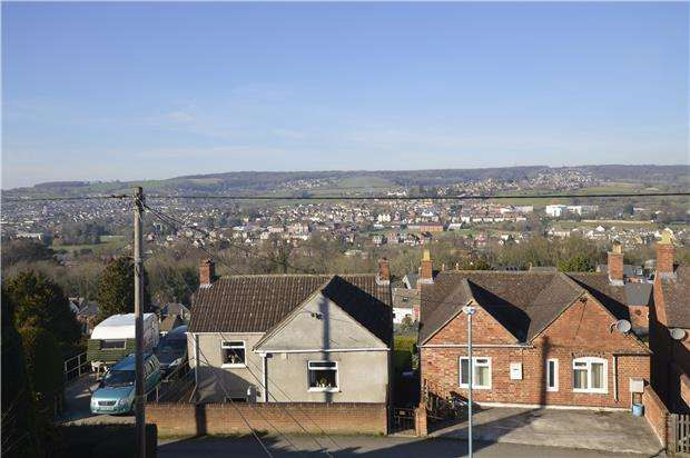 3 Bedrooms End Of Terrace House for sale in Spillmans Road, Rodborough, Gloucestershire, GL5 3NE