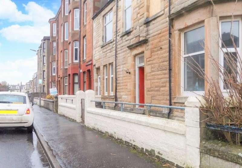 3 Bedrooms Flat for sale in Sidney Street, Saltcoats, KA21