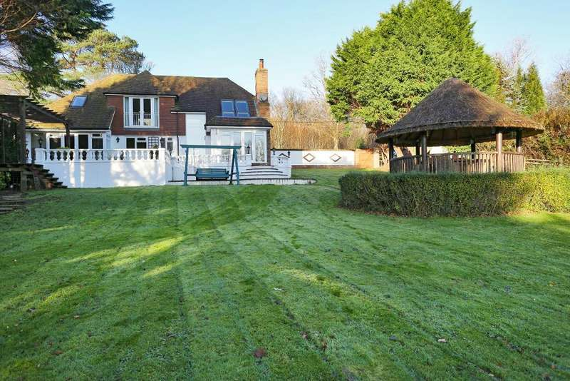 4 Bedrooms Detached House for sale in Churchland Lane, Sedlescombe, East Sussex, TN33 0PF