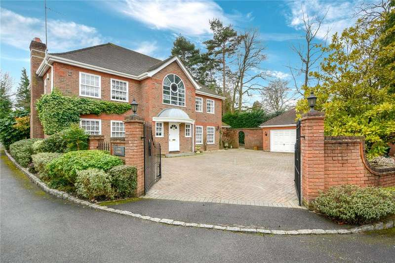 5 Bedrooms Detached House for sale in Timberley Place, Crowthorne, Berkshire, RG45