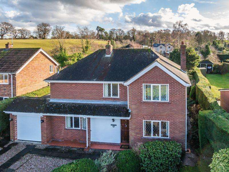 4 Bedrooms Detached House for sale in Vicarage Fields, Ruabon, Wrexham