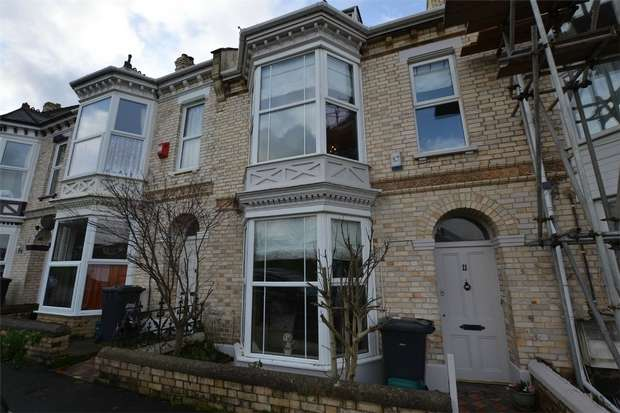 4 Bedrooms Terraced House for sale in BARNSTAPLE, Devon