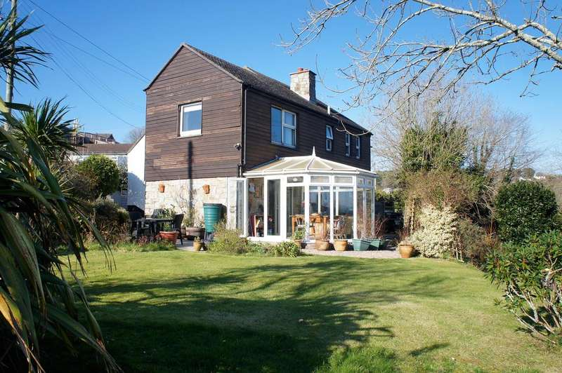 3 Bedrooms Detached House for sale in Blowing House Hill, Lower Quarter, Ludgvan TR20