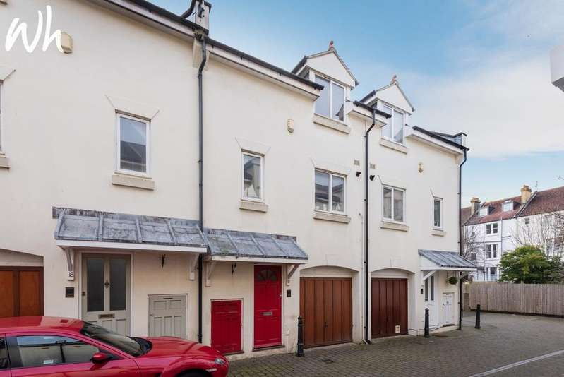 3 Bedrooms Terraced House for sale in Oxford Mews, Hove BN3