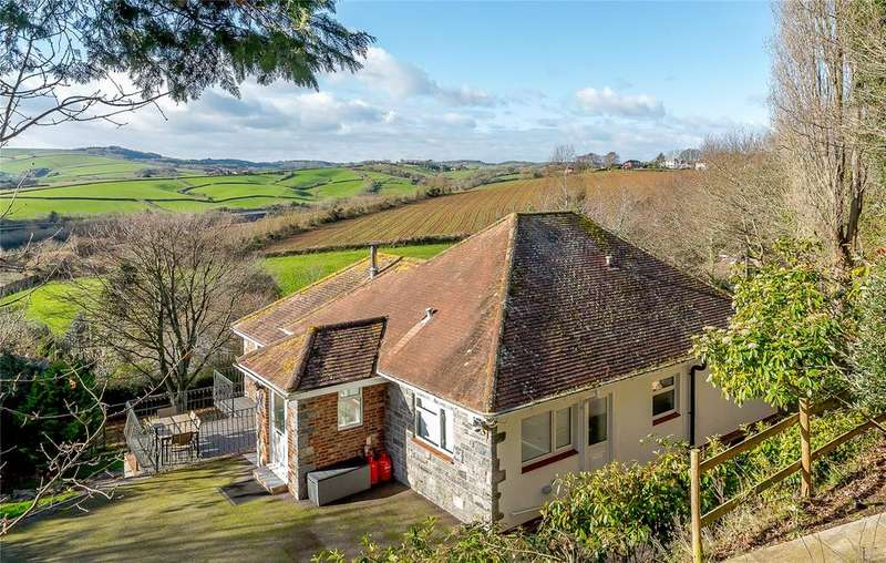 4 Bedrooms Detached Bungalow for sale in Little Johns Cross Hill, Exeter, Devon