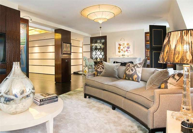 3 Bedrooms Flat for sale in St James's Street, St James's, London, SW1A