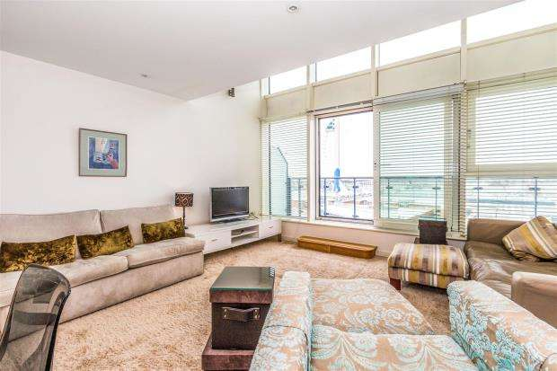 3 Bedrooms Apartment Flat for sale in The Crescent Building, Gunwharf Quays