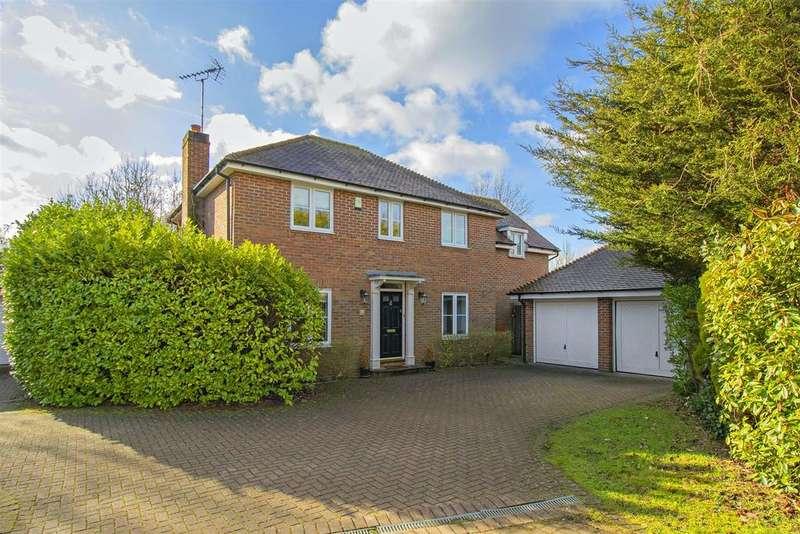 4 Bedrooms Detached House for sale in Hazel Court, Shenley, Radlett