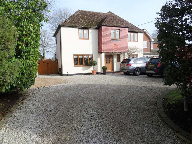 5 Bedrooms Detached House for sale in Hill Road