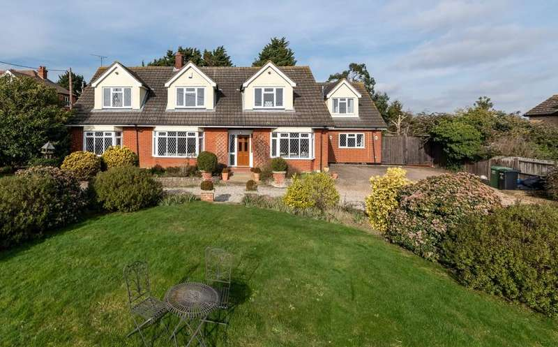 6 Bedrooms Detached House for sale in Scotts Hill, Southminster