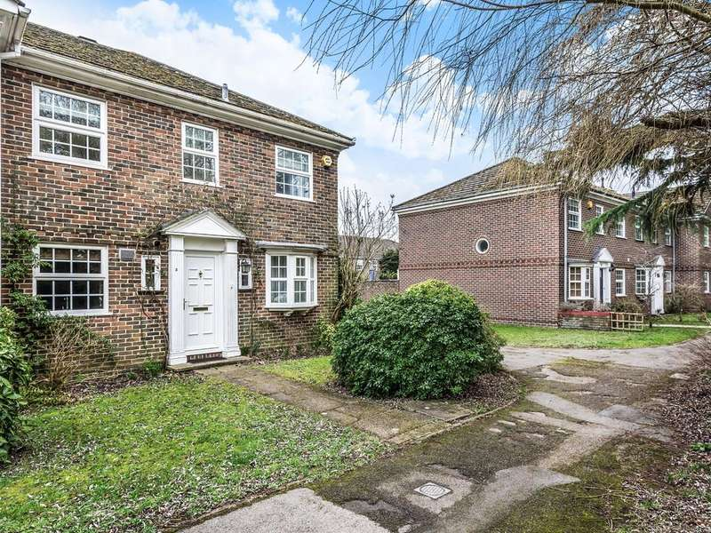 3 Bedrooms Town House for sale in Benyon Court, Bath Road, Reading, RG1