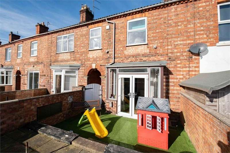 3 Bedrooms Terraced House for sale in Oxford Street, Boston, Lincolnshire