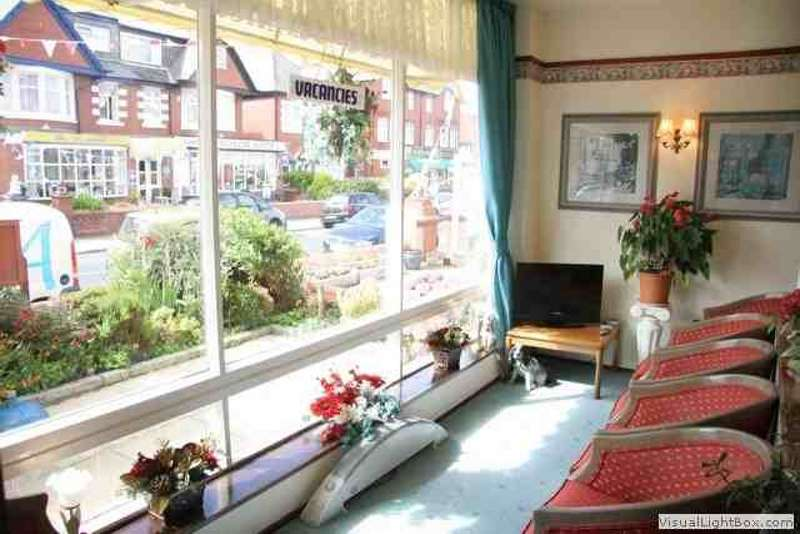 10 Bedrooms Hotel Gust House for sale in King Edward Avenue North Shore Blackpool