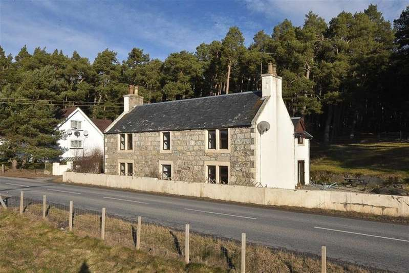 4 Bedrooms Detached House for sale in Carrbridge