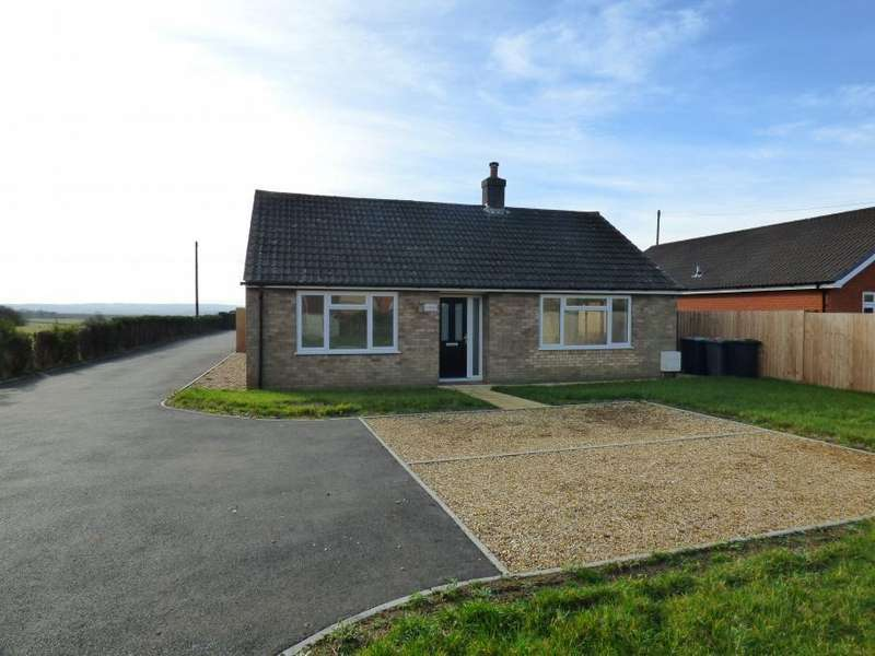 3 Bedrooms Detached Bungalow for sale in Cranfield, Beds, MK43 0BG