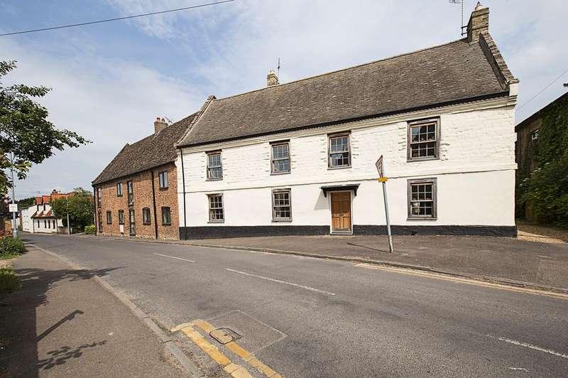 4 Bedrooms Detached House for sale in Sun Street, Isleham CB7