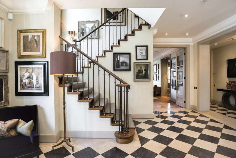 7 Bedrooms Detached House for sale in Oakhill Avenue, Hampstead